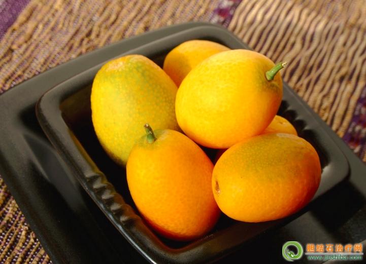 胆囊炎吃金橘好